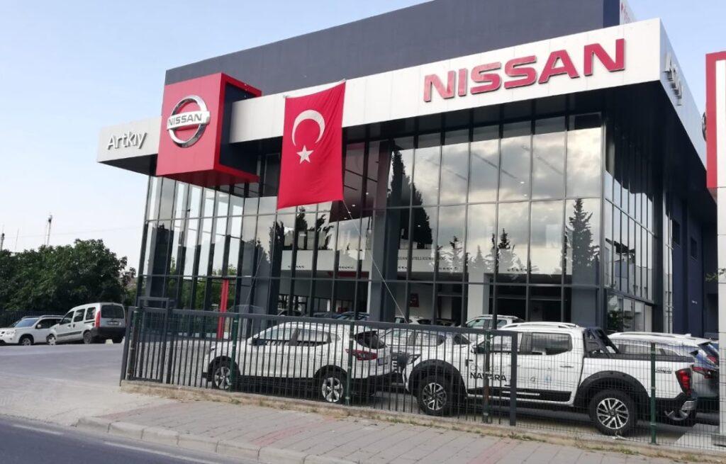 Nissan Artkıy